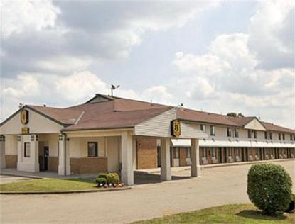 Super 8 Motel   Newcomerstown