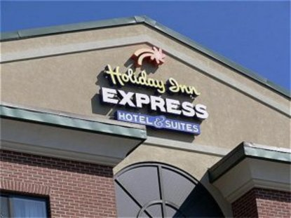 Holiday Inn Express Hotel & Suites Cleveland Richfield