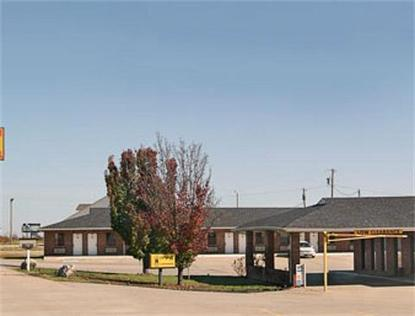 Super 8 Motel   Henryetta