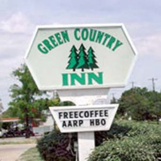 heavener green country inn: