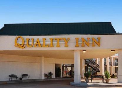 quality inn stillwater deals see hotel photos. Black Bedroom Furniture Sets. Home Design Ideas