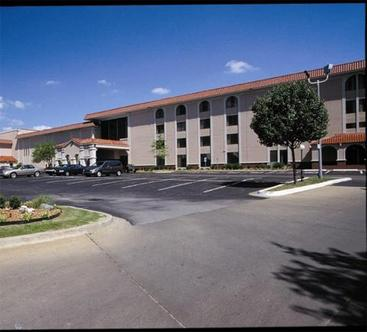 Tulsa Select Hotel & Conference Center