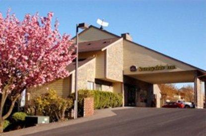 best western sunnyside inn clackamas deals see hotel. Black Bedroom Furniture Sets. Home Design Ideas
