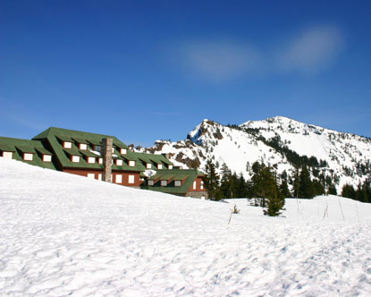 Crater Lake Hotels