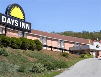 Breezewood Southeast Days Inn