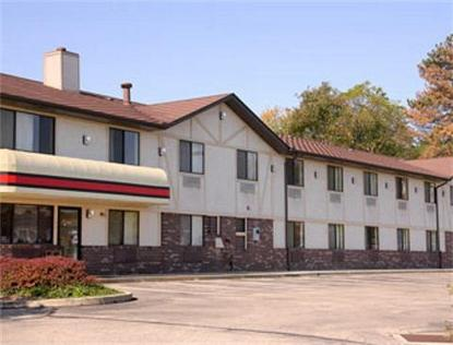 Super 8 Motel   Delmont