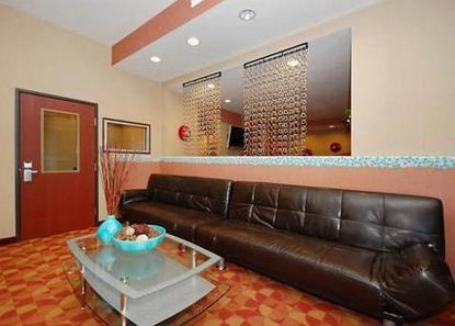 Comfort Suites Monaca