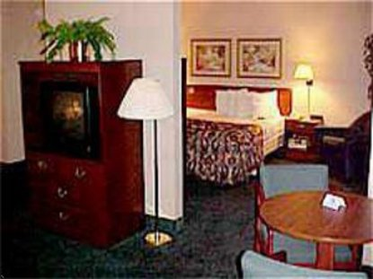 Holiday Inn Express Pittsburgh North