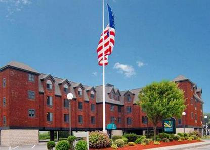 Quality Inn & Suites Atlantic Beach Hotel
