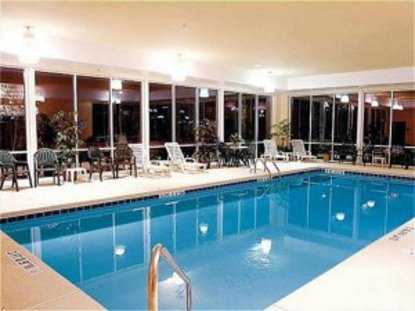 holiday inn express hotel suites florence i 95 at hwy. Black Bedroom Furniture Sets. Home Design Ideas