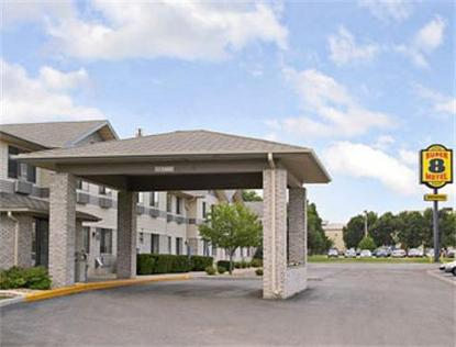 Super 8 Motel   Brookings
