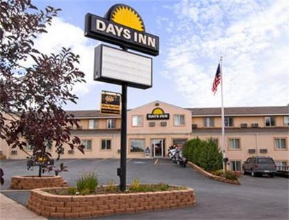 Custer Days Inn