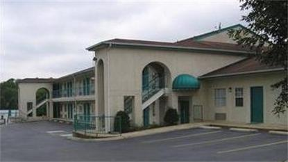 Best Value Inn   Columbia Tn