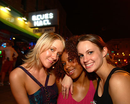 Tennessee Nightlife Nightlife In Downtown Memphis