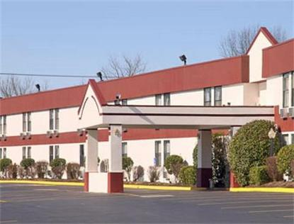 Super 8 Motel   Knoxville/North