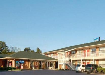Rodeway Inn And Suites Smyrna