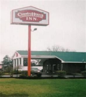 Country Hearth Inn   Union City