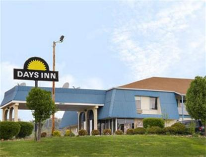 White Pine Days Inn