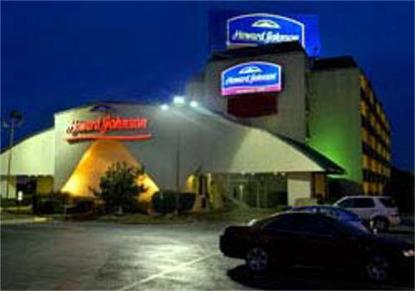 Howard Johnson Express Inn Arlington At Ballpark / Six Flags