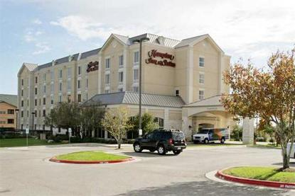 Hampton Inn And Suites Austin Airport