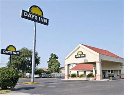 Conroe Days Inn
