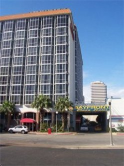 Bayfront Plaza Hotel