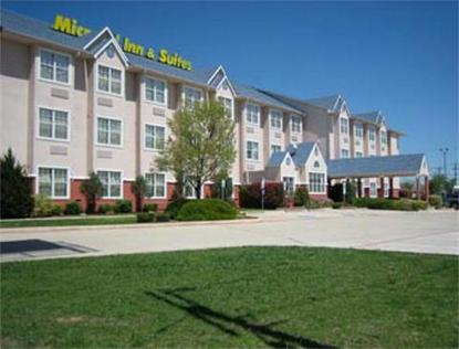 Microtel Inn And Suites Fort Worth South