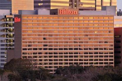 Hilton Houston Plaza