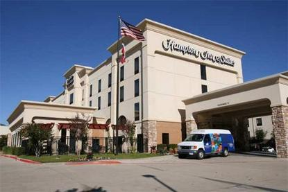Hampton Inn And Suites Dallas Dfw Airport W Sh 183 Hurst Tx