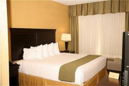 Holiday Inn Express Dallas Ft. Worth Airport South