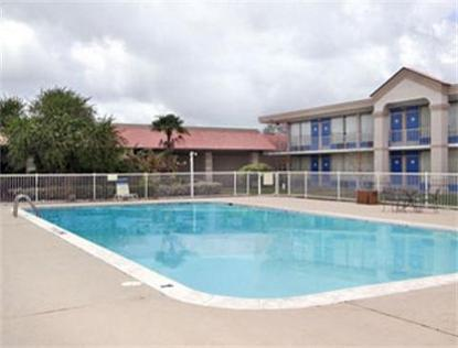 Super 8 Motel   Lake Jackson/Clute