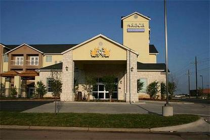 Arbor Inn And Suites, Lubbock Deals - See Hotel Photos - Attractions Near Arbor Inn And Suites