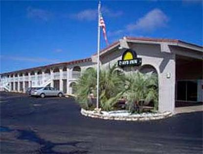 San Antonio/Lytle Days Inn
