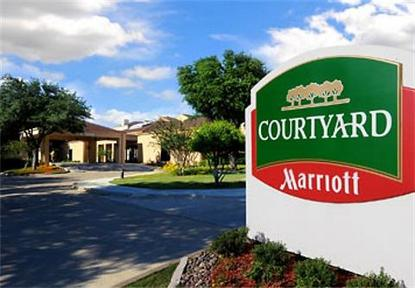 Courtyard By Marriott Plano