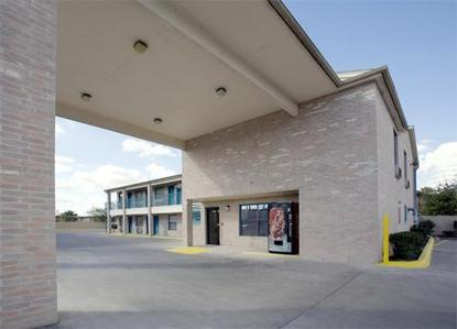 Best Value Inn San Antonio Lackland Afb San Antonio Deals