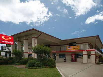 Econo Lodge East San Antonio