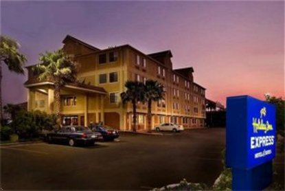 Holiday Inn Express Hotel Amp Suites San Antonio San