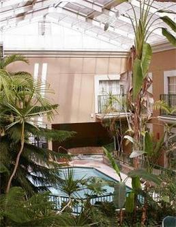 Atrium Inn
