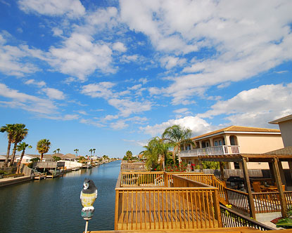 South padre island rentals south padre beach house rentals for Cabin rentals south padre island tx