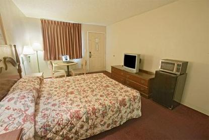 Americas Best Value Inn   Waxahachie