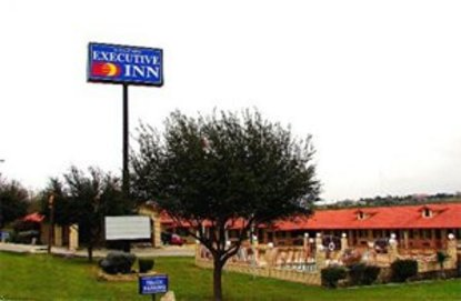 Zapata/Falcon Executive Inn