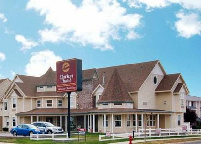 Clarion Hotel Victorian Charm Inn