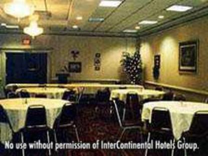 Holiday Inn Fredericksburg North