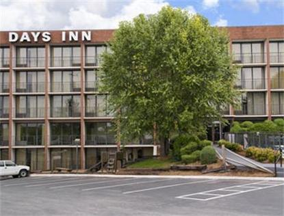 Lynchburg   Days Inn Airport