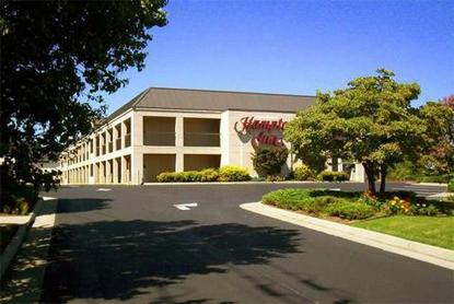 Hampton Inn Roanoke Airport