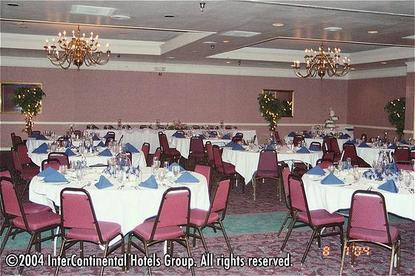 Holiday Inn Roanoke Tanglewood