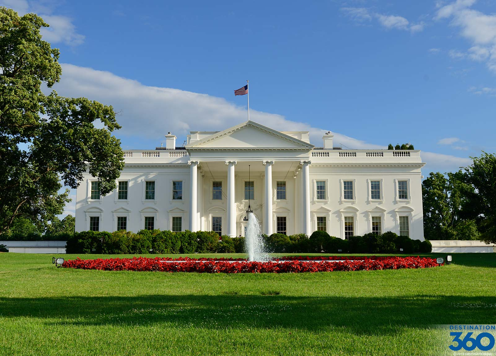 White house for The white housse