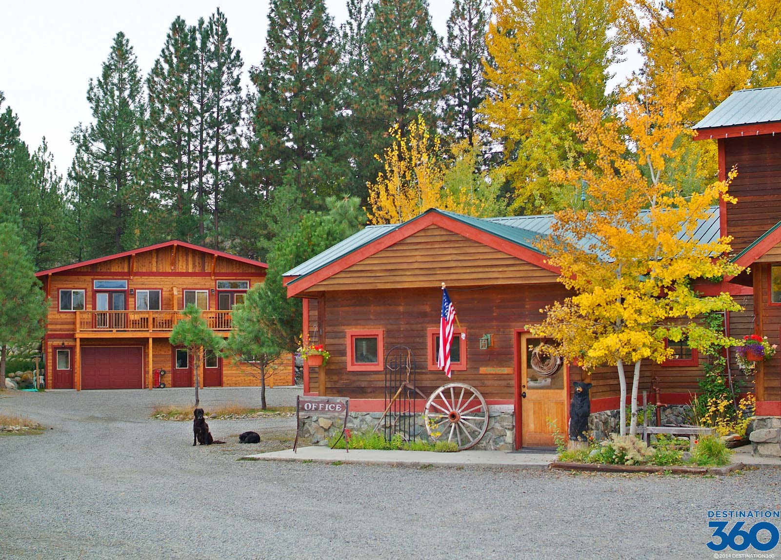 Methow valley lodging methow valley hotels for Winthrop cabin rentals