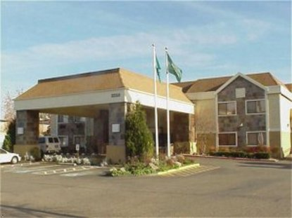 Holiday Inn Hotel And Suites Kent
