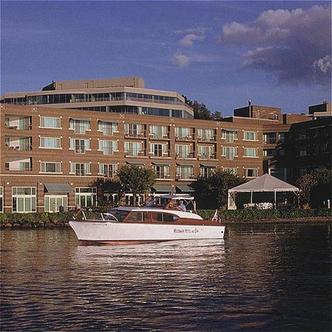 The Woodmark Hotel On Lake Washington